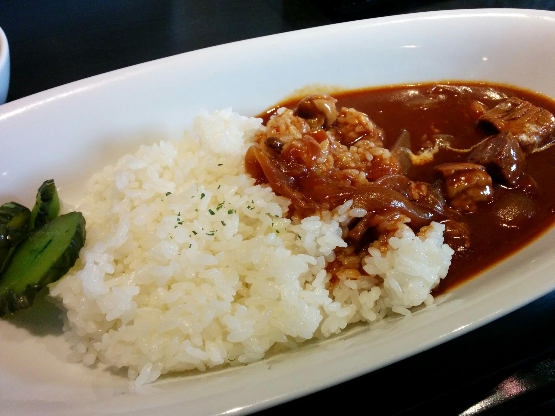(日本語) 日本橋茅場町 上品なハヤシライスが540円 Dining Bar One Heart